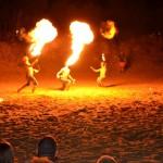 spettacolo del fuoco in spaiggia